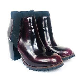 STEVE MADDEN Burgundy Patent Leather Antyy Boot 8